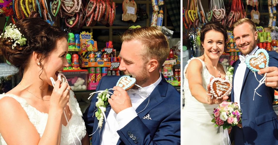 Brautpaar an Kirmesstand mit Lebkuchenherzen
